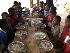 Children in Ethiopian village getting a healthy, nutritious meal